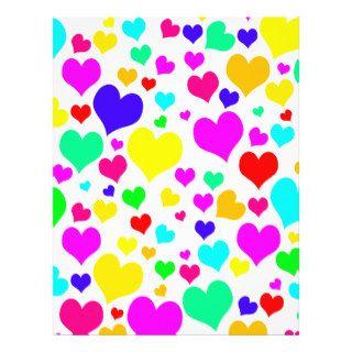 Modelo lindo femenino de los corazones del amor de tarjetas publicitarias de