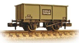Graham Farish N Scale 377 276 27 Ton Steel Tippler Wagon 'Chalk' Toys & Games