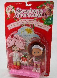 Strawberry Shortcake Berry Beach Park Doll Set From 1991 Toys & Games