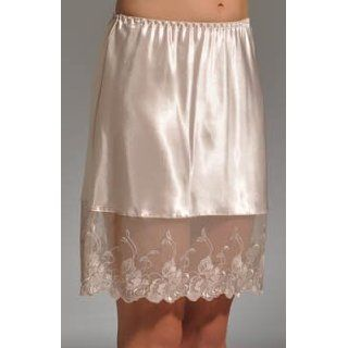 "Farr West Heirloom Rose 20"" Half Slip (559) at  Women�s Clothing store"