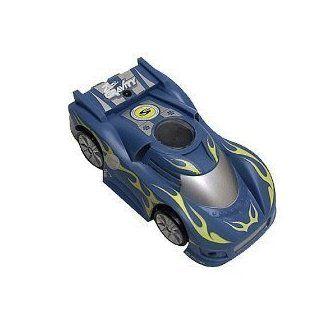 Spinmaster Air Hogs Zero Gravity Micro Car   Blue Sports Car Ch. D Toys & Games