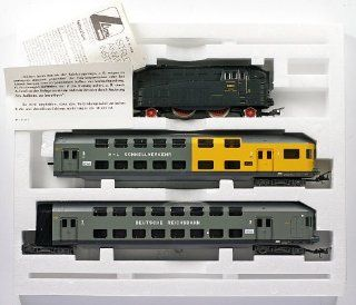 Lima Golden Series 149802 G Ho H0 Dc Drg 60 001 with Two Double decker Coaches Made in Italy: Toys & Games
