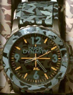 Duck Dynasty Men's Grey Camo Fast Strap Watch: Toys & Games
