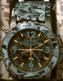 Duck Dynasty Men's Grey Camo Fast Strap Watch: Toys & Games