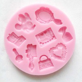 CHILDREN BIRTHDAY PARTY ESSENTIAL MINNIE MAKE UP SET Silicone Mould _ compact mirror,perfume bottle,make up palette,heart,tote bag,comb,nail polish,music box, Sugarcraft Food Grade Icing lace Mould, non stick Sugar paste, Chocolate, Fondant, Butter, Resin,