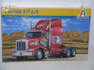 Peterbilt 377 A/E Big Rig Truck   Plastic Model Kit