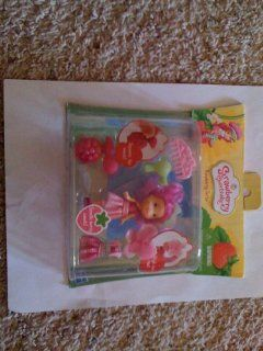 Strawberry Shortcake Raspberry Torte Playset Set: Toys & Games