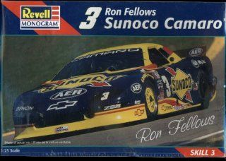 Revell Monogram Ron Fellows #3 Sunoco Chevrolet Z28 Camaro 1:25 Scale Race Car Model Kit Skill 3: Toys & Games