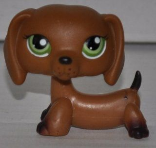 Dachshund #139 (Green Eyes, Brown) Littlest Pet Shop (Retired) Collector Toy   LPS Collectible Replacement Single Figure   Loose (OOP Out of Package & Print): Everything Else