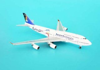 Phoenix Ansett Australia B747 400 Model Airplane: Toys & Games