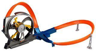 Hot Wheels Turbine Twister: Toys & Games