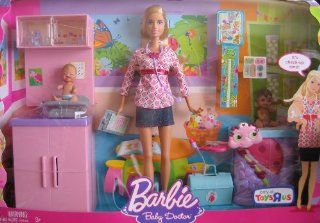 Barbie I Can Be Baby Doctor Doll & Playset w 2 Babies, Barbie Doll & More   Toys R Us Exclusive (2008) Toys & Games