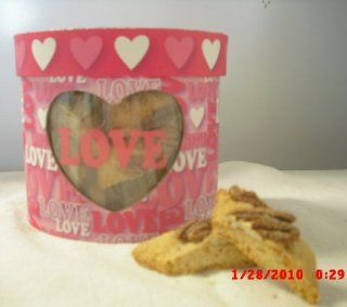 8 ounce MINI CINNAMON PECAN BISCOTTI BITES in an Oval Valentine's Day Box : Grocery & Gourmet Food