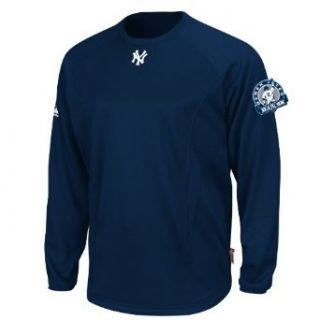MLB Men's New York Yankees Derek Jeter Long Sleeve Fleece Pullover with 3, 000 Hits Patch (Pro Navy, Medium)  Sports Fan Sweatshirts  Clothing