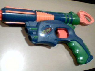 2003 Hasbro Nerf Tech Target Dart Tag Foam Dart Guns Blaster Toys Single Shot (Requires Darts for This Particular Dart Gun)(blue/green/orange Color Version): Everything Else