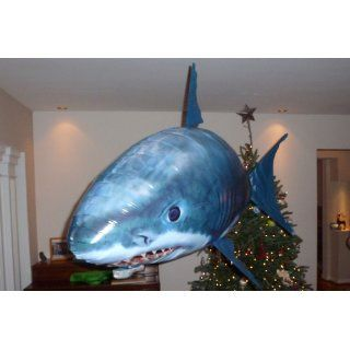 Air Swimmer Flying Fish   Shark   Extreme Model (Radio Control): Toys & Games