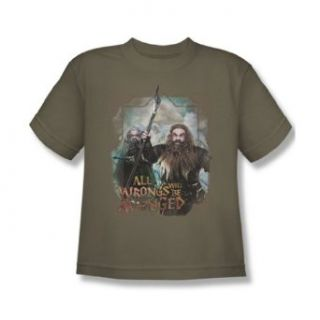 The Hobbit   Youth Wrongs Avenged T Shirt In Charcoal: Clothing