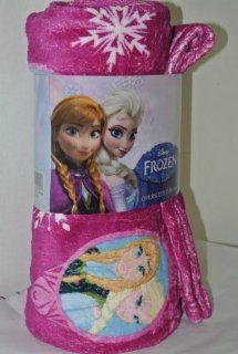 Disneys Frozen Elsa and Anna Microfleece Throw, Blanket.