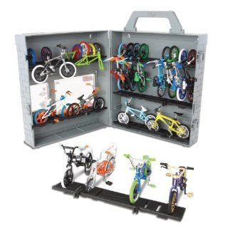 Flick Trix Display Case And Bike   Strictly BMX And Colony: Toys & Games