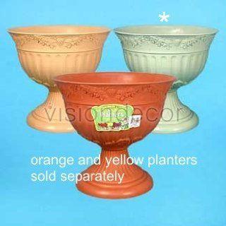 "16"" White Plastic Roman Pedestal Style Planter Flower Pot Urn  Flowering Plants  Patio, Lawn & Garden"