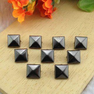 Come2Buy 100pc 9MM gunmetal Pyramid Studs Metal Claw Beads Nailhead Punk Stud Rivet Spike  gunmetal
