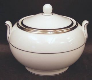 Wedgwood Carlyn 146 Shape Sugar Bowl & Lid, Fine China Dinnerware   White, Plati