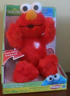 Sesame Street Sweet Kisses Elmo   Valentines Elmo: Toys & Games