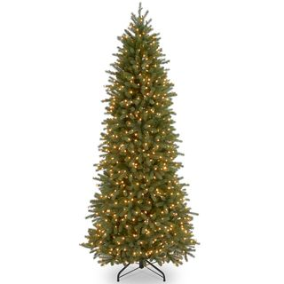 Pre lit Deluxe Artificial Christmas Tree with Memory Wire, 550