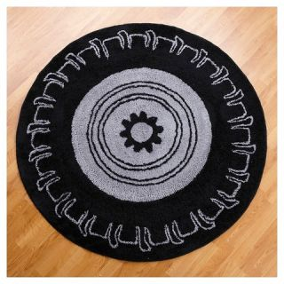 One Grace Place Teyo's Tires Round Rug   Black (5X5')